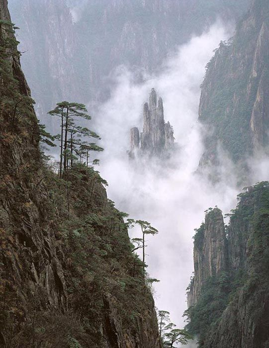 Mount Lu China Is One Of The Most Renowned Mountains In The