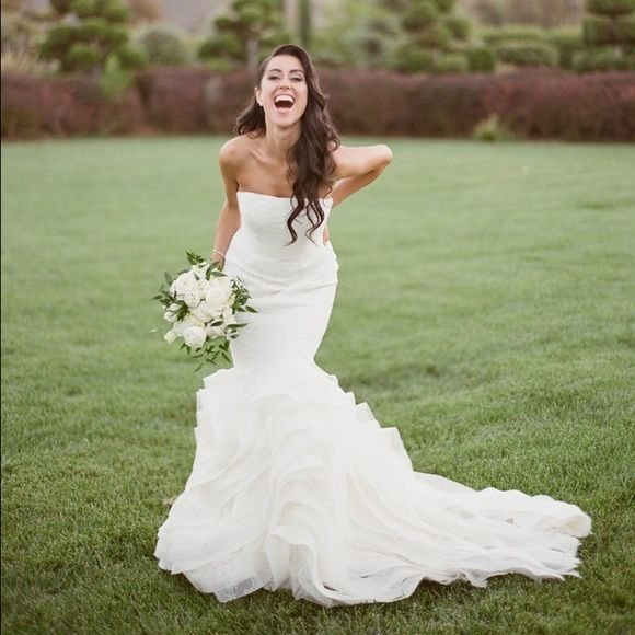 Vera Wang Wedding Dress This The The Lindsey Wedding Gown By