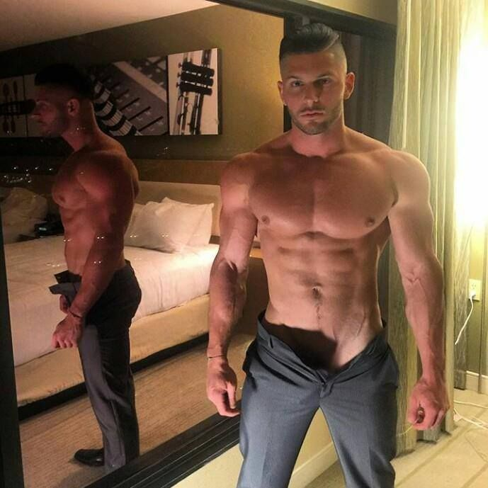 Muscle gay tube sites