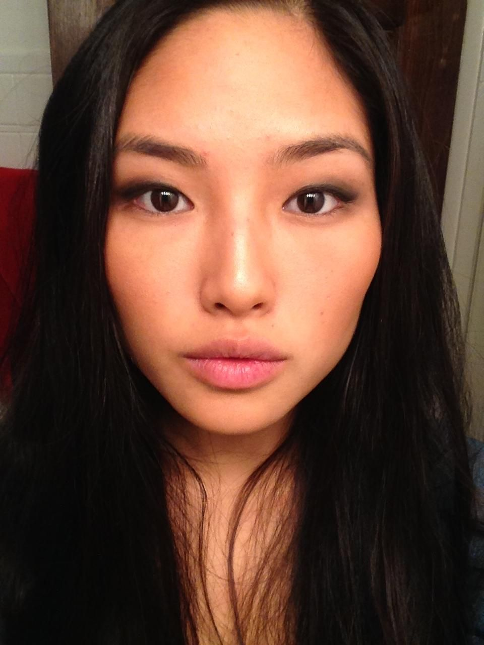 Asian Eyes Kpop And Makeup: First Successful Attempt With Eyeshadow As A Monolider And