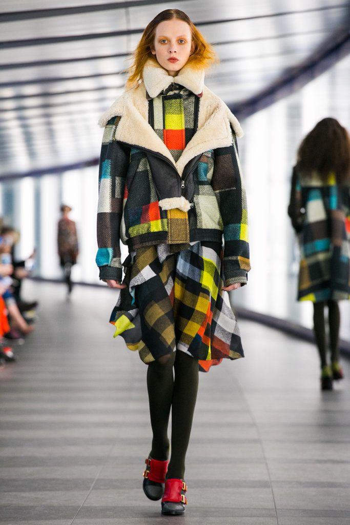 http://www.nytimes.com/fashion/runway/preen/fall-2015-rtw/7