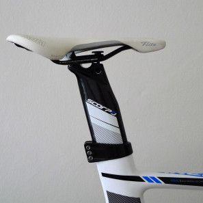 Stevens-Arena_aero-carbon-track-bike_three-bolt-seatpost-clamp