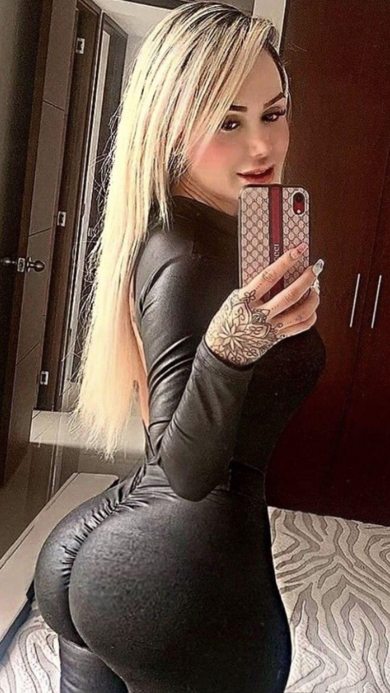 Bubble Butt Anal Blonde