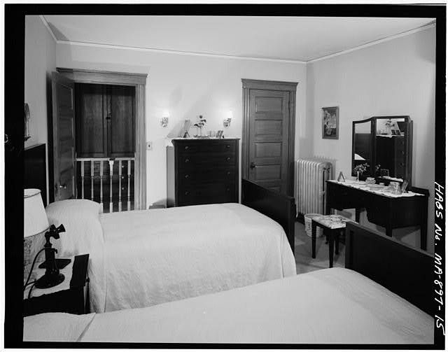 JFK was born in the bed closest to the bottom of the picture.