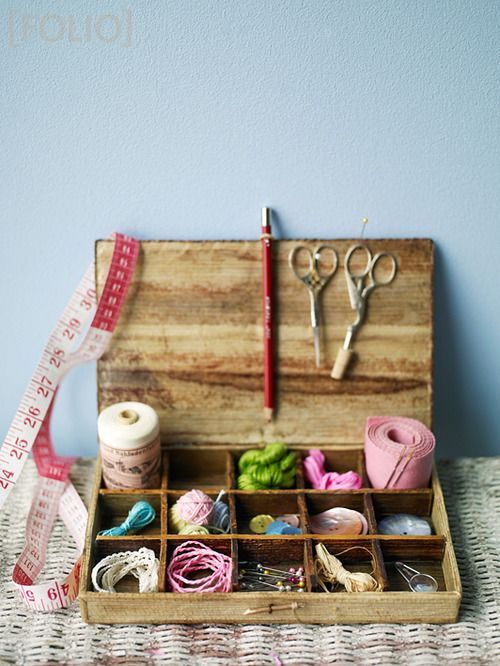 Sew many crafty possibilities just waiting to happen :) #vintage #sewing #kit #crafts #notions