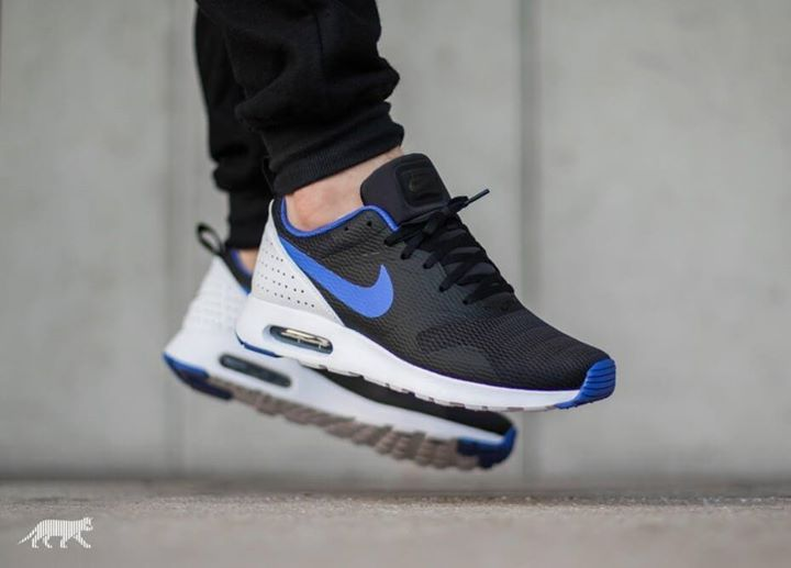The Nike Air Max Tavas Black Violet is releasing in 10 minutes