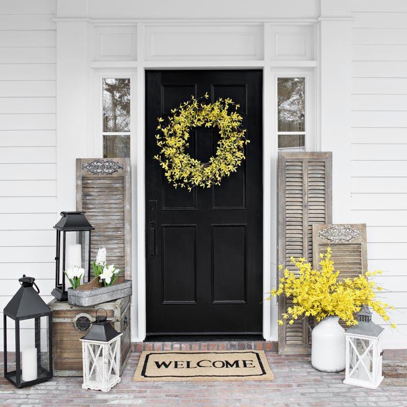 24 Door Decor Ideas To Rock This Summer Front Porch Design Front Porch Makeover Front Porch Decorating