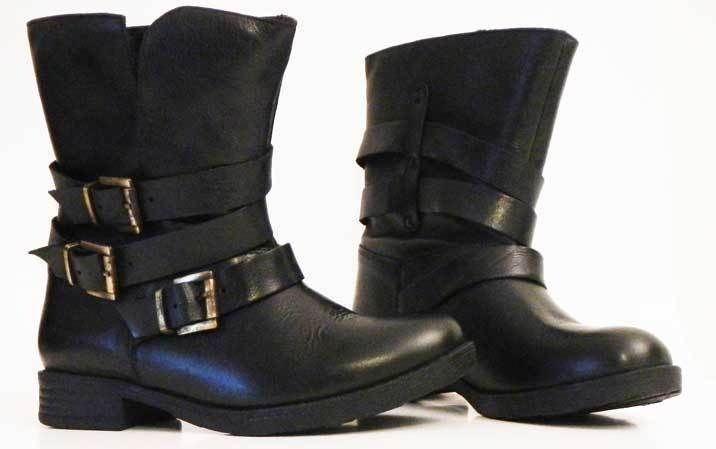Inuovo Black Leather Leton Ankle Boot