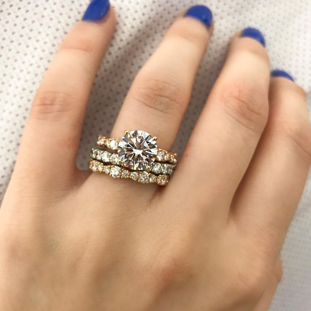 19 Round cut engagement ring for classic brides - solitaire engagement ring #rings #diamondring #roundcut