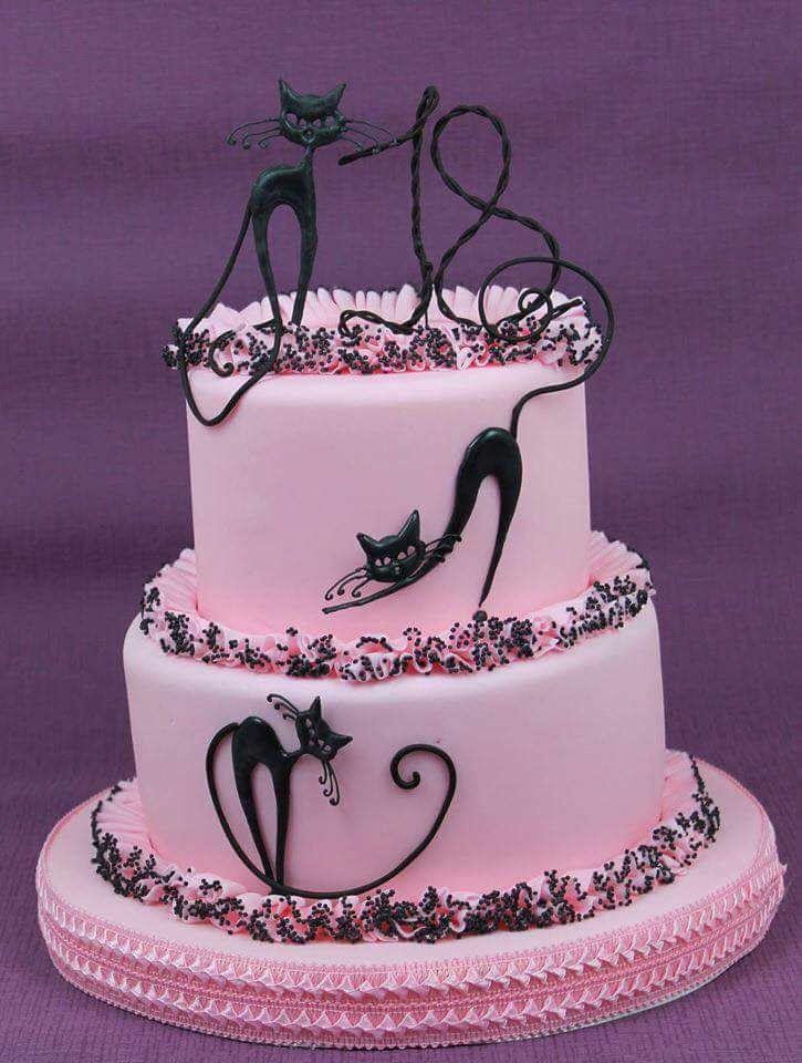 I Thought Maybe One Black Cat With A Graveyard Since He Likes Your Tat So Much Melissa Pastel Redondo Birthday Cake For