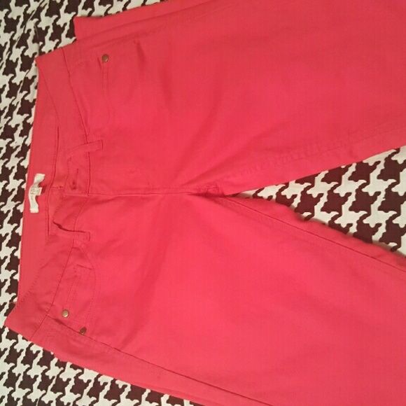 Leggings Coral colored stretchy leggings in excellent condition worn 2x boutique Pants Leggings