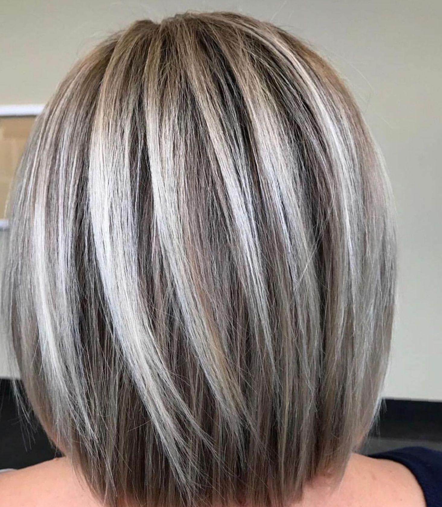 Long Bob Frisur Haarschnitt Trends Haare Silber Farben Haartrends Grau Haarfarbe Grey Haircolor Gra Bob Frisur Graue Haare Haarschnitt Farbe Fur Haare
