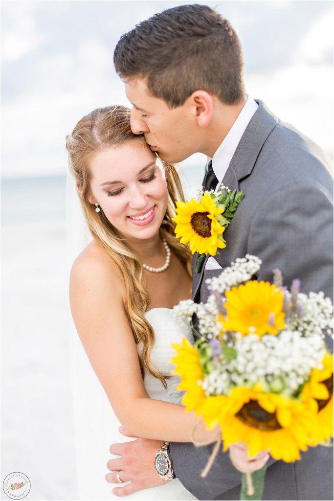 Max And Shannon Harborside Holiday Inn Indian Rocks Beach Wedding