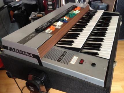farfisa vip 233 vintage beat orgel in hessen gie en. Black Bedroom Furniture Sets. Home Design Ideas