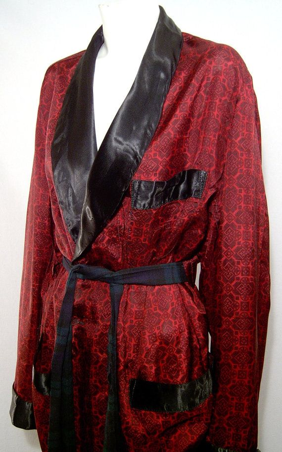 Vintage 1960s short robe Mens - Large - maroon satin with ...