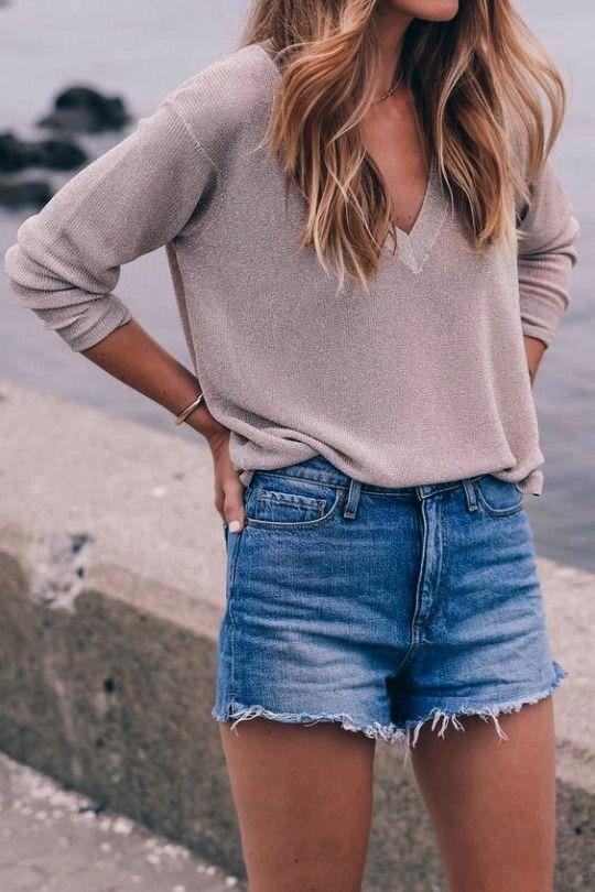 Kleidung Essentials dass jedes College Girl braucht  Outfit Ideen  Mode    OutfitGQ 20 Kleidung Essentials dass jedes College Girl braucht  Outfit Ideen  Mode   20 Kleidu...