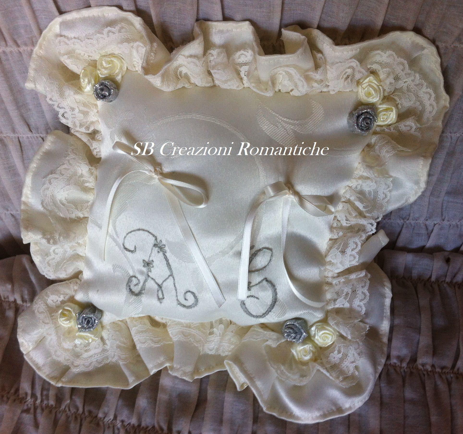 Cuscino porta fedi per 25 anniversario di matrimonio for Anniversario matrimonio 25