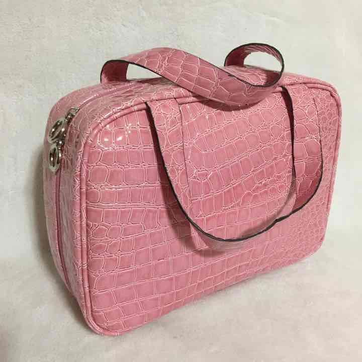 Bueno Pink Toiletry Cosmetic Travel Bag - Mercari: Anyone can buy & sell