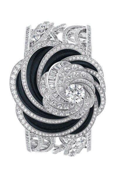 De Beers diamond bracelet