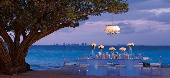 Dreams Sands Cancun All Inclusive Honeymoon Vacation And Wedding Packages Made Easy This Resort Is In The Heart Of Cancuns Hotel Zone