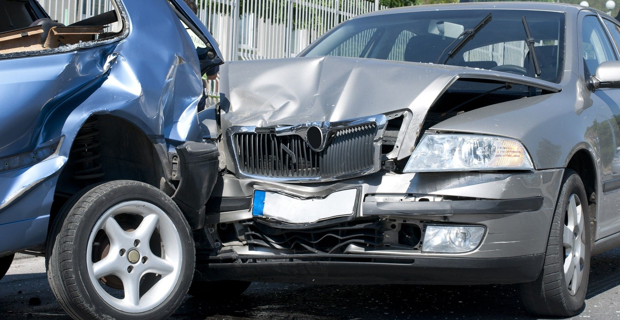 Getting Guideline From Injury Lawyers For Road Traffic Accident Auto Mobile Accident Is Not Excepti Car Accident Injuries Car Accident Lawyer Accident Injury