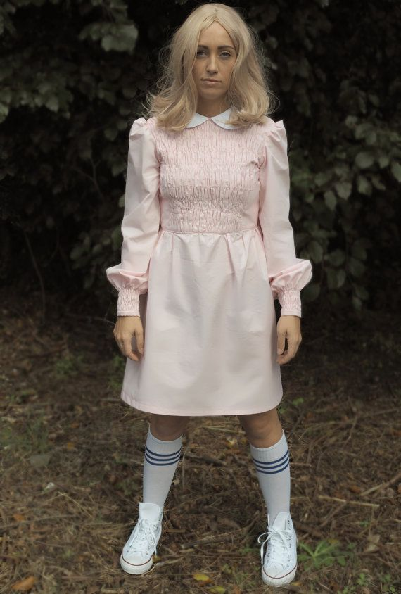 1cdc2c39f37d Eleven Dress Stranger Things by VioletHouseClothing on Etsy. Onze robe Stranger  Things par VioletHouseClothing sur Etsy Eleven Halloween Costume ...
