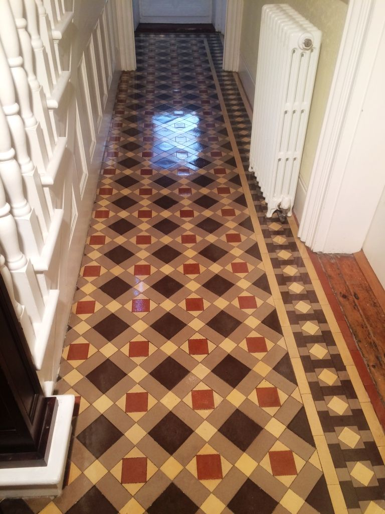 Victorian tiled hallway victorian edwardian tiled floors victorian tiled hallway dailygadgetfo Image collections