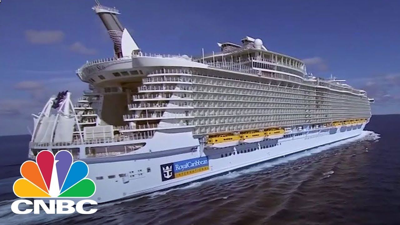 Awesome Lucky Travellers Get To Encounter Full Eclipse From Cruise - Awesome cruise ships