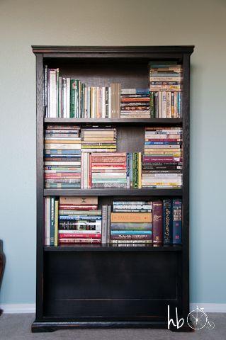 Interesting way to #organize #books - To organize book shelf: put all the