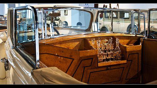 0054-PACKARD 1939 -DETALLE MUEBLE BAR (EEUU)-Museo de automóviles en Málaga-