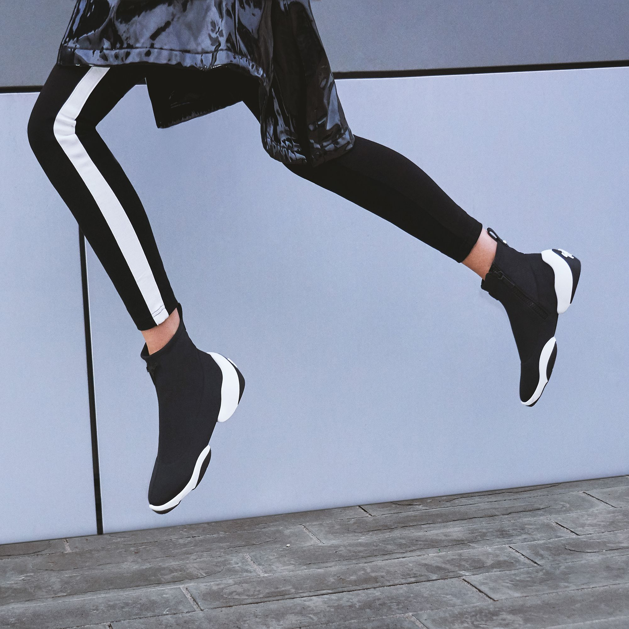 f3090f6b0a553 So light, you'll feel like you can fly. The LIGHT JUMP HT1 for women.  #JoinTheJump #LightJump #GiuseppeZanotti