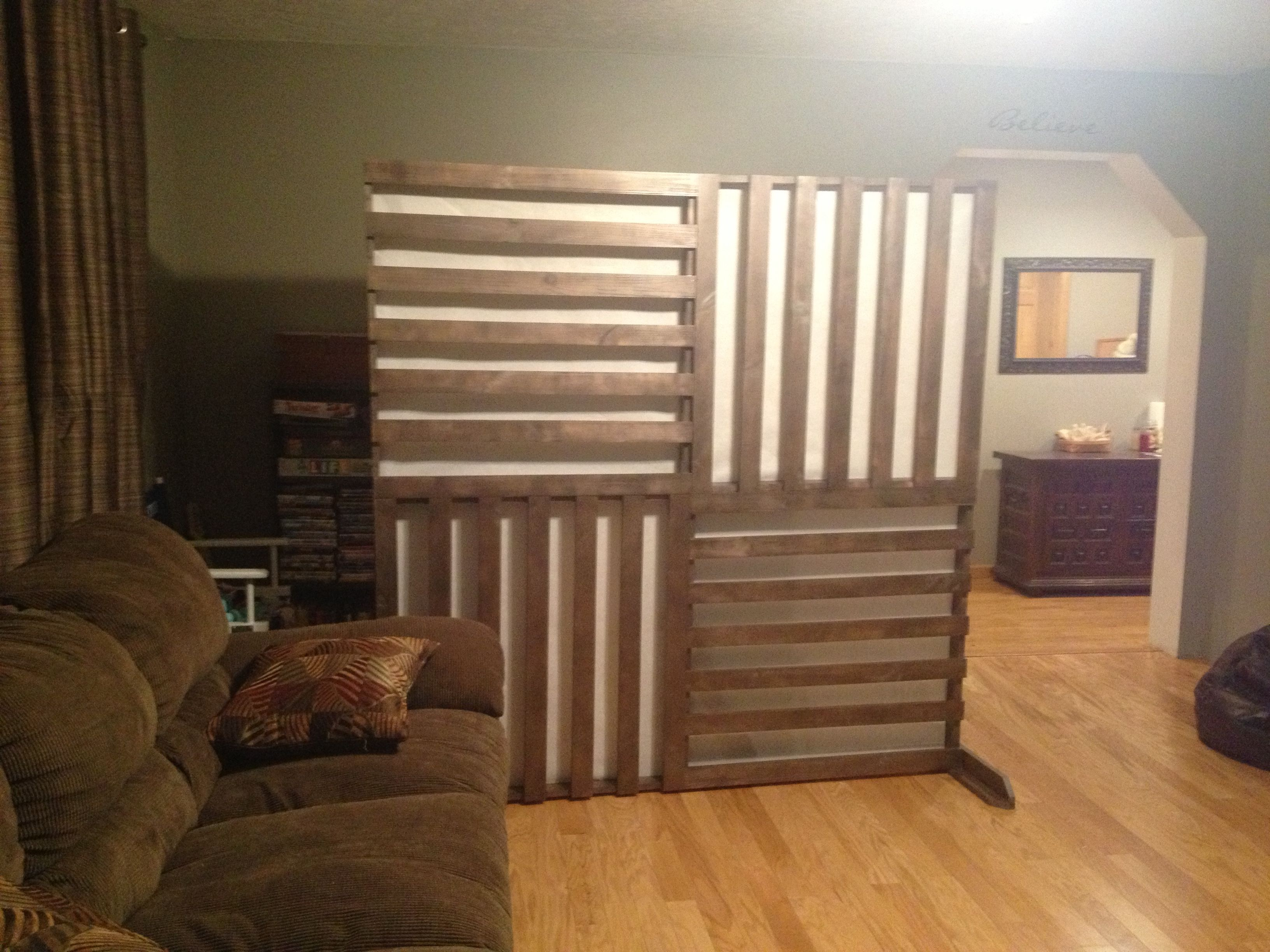 DIY wall divider/ screen pallet inspired with rice paper