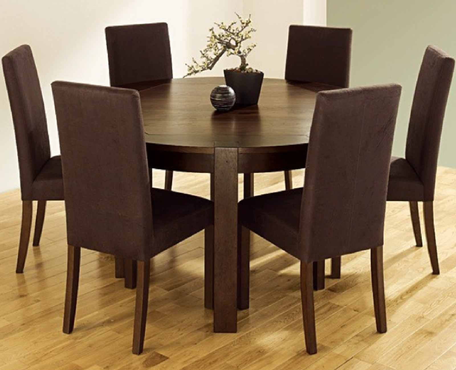 Find The Furniture Table And Chair Set That Fits Both Your