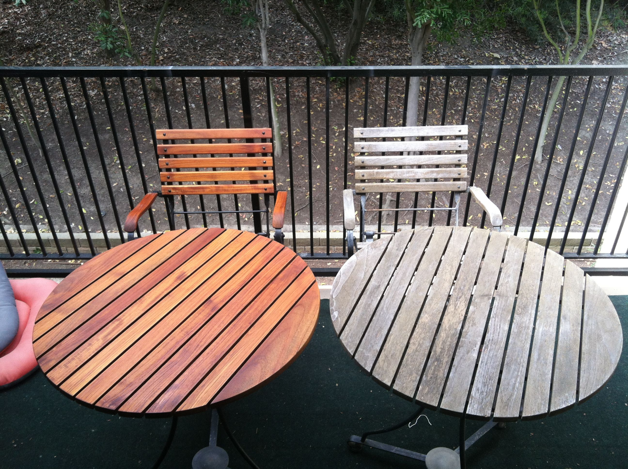Alex Stained This Teak Wood Set Of Tables And Chairs This Is What It Used To Look Like Befo Outdoor Wood Furniture Teak Patio Furniture Teak Outdoor Furniture