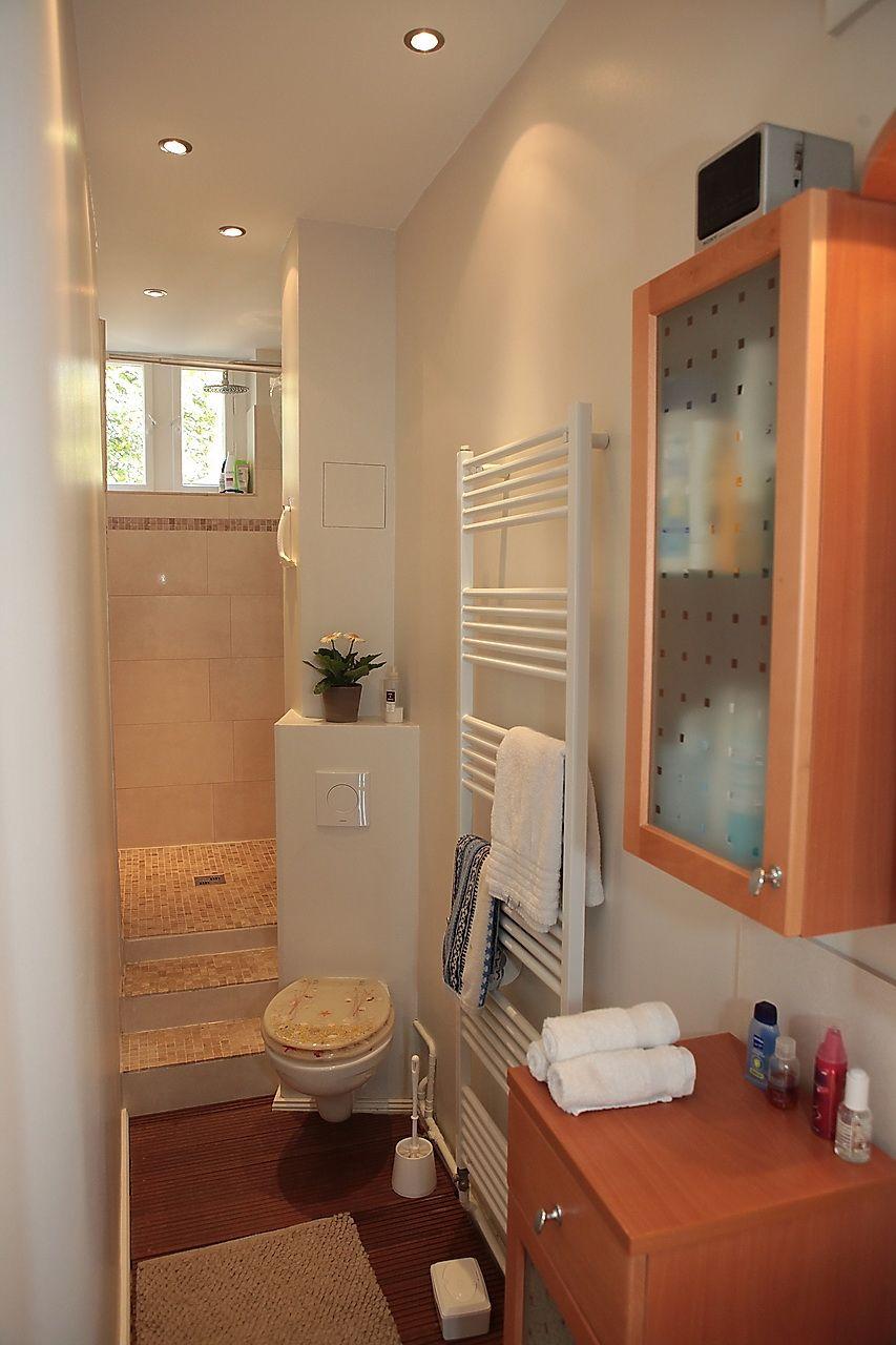 Schmales Badezimmer Schmales Badezimmer Kleiner Duschraum Romantisches Bad