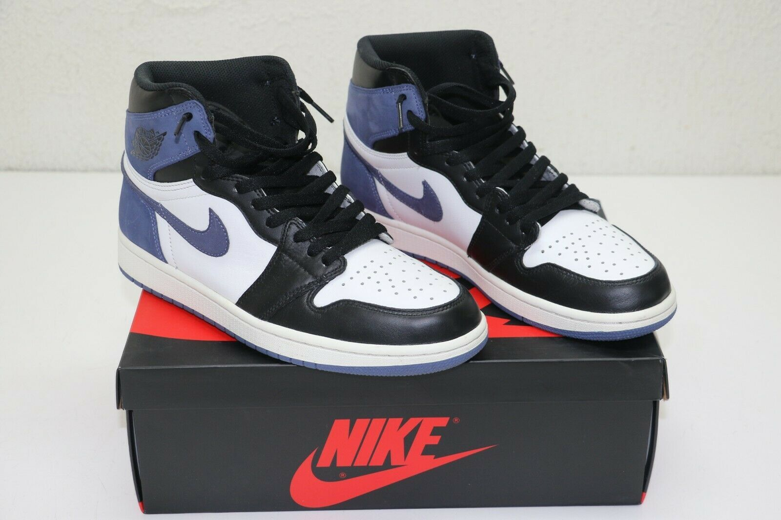 Nike Air Jordan 1 Retro Blue Moon Style 555088 115 Size 9 5
