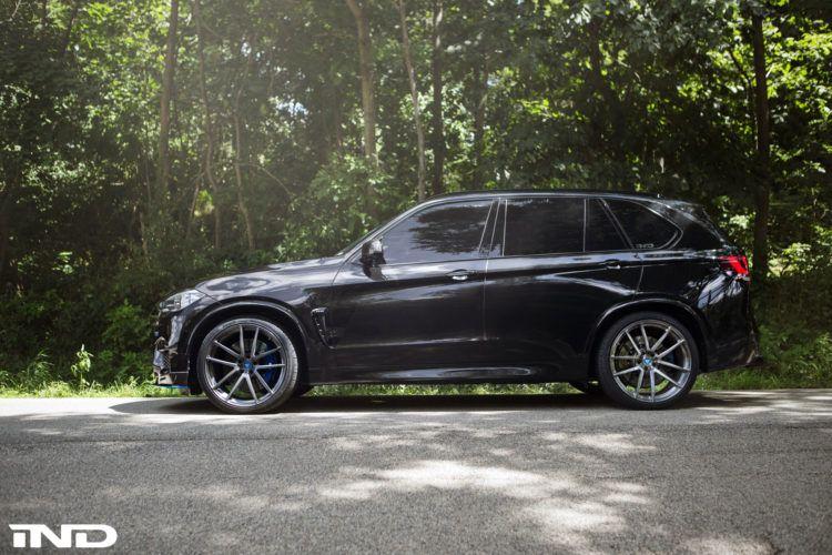 Black Sapphire Metallic Bmw F85 X5m By Ind Distribution Bmw Bmw Wheels Bmw Cars
