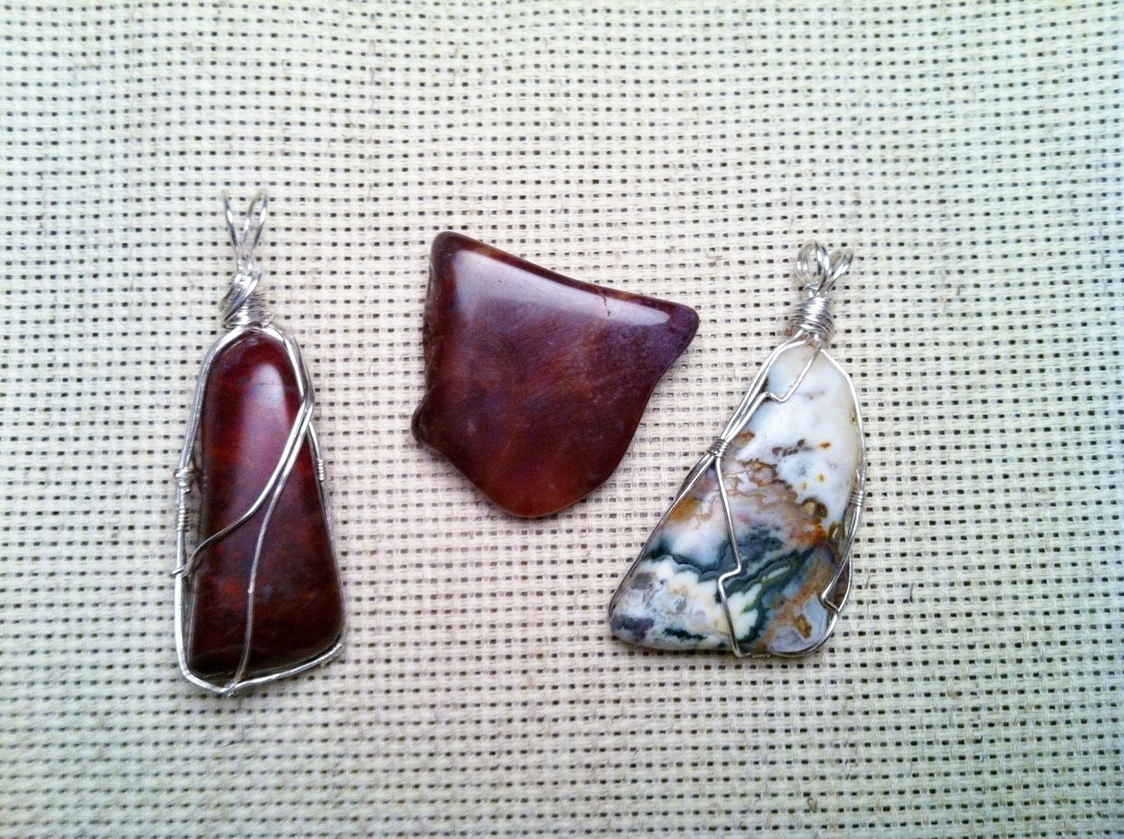 Wire Wrapped Rock Pendants | Wire wrapping, Wraps and Pendants