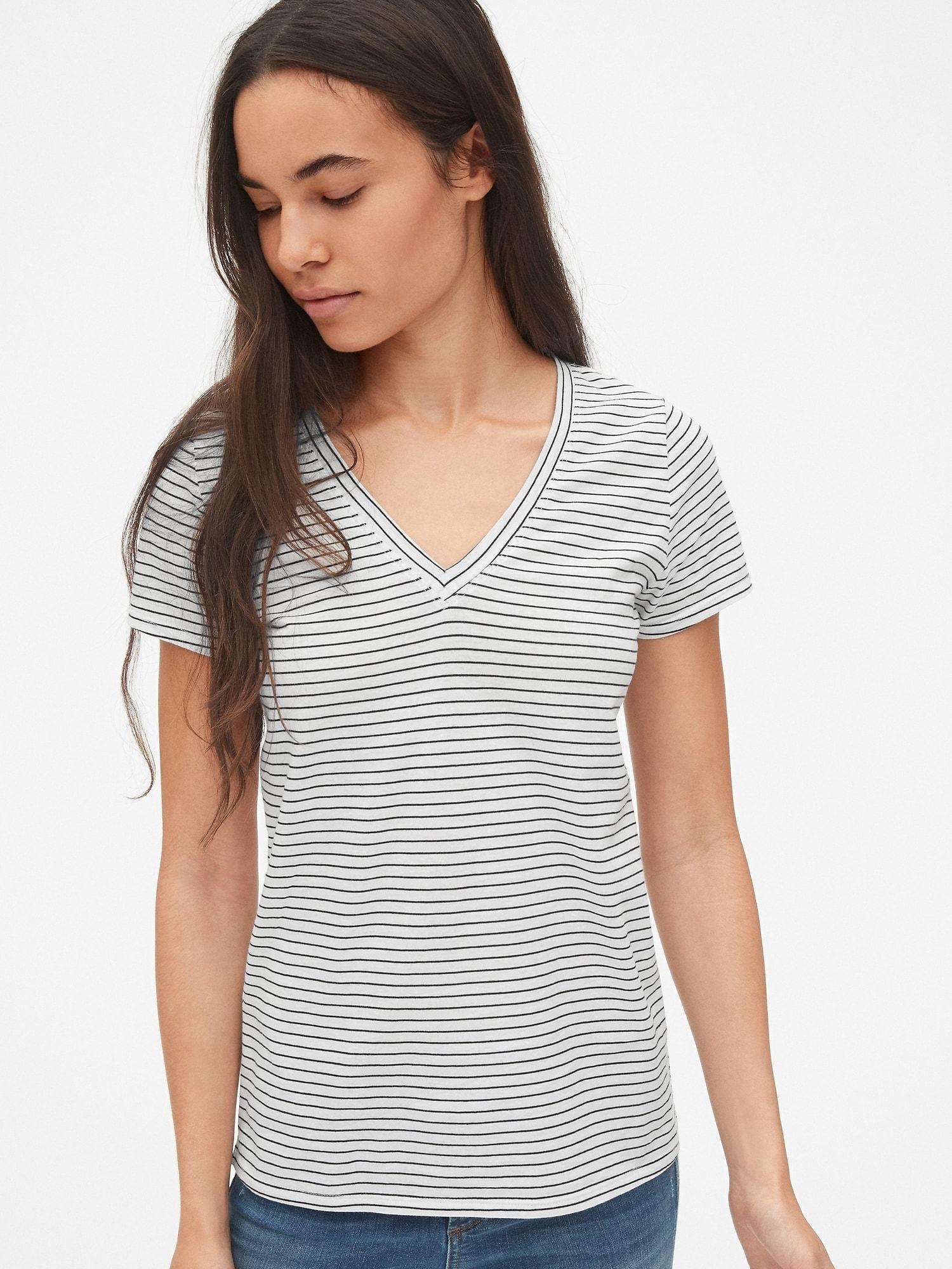 Gap womens vintage wash stripe vneck tshirt black