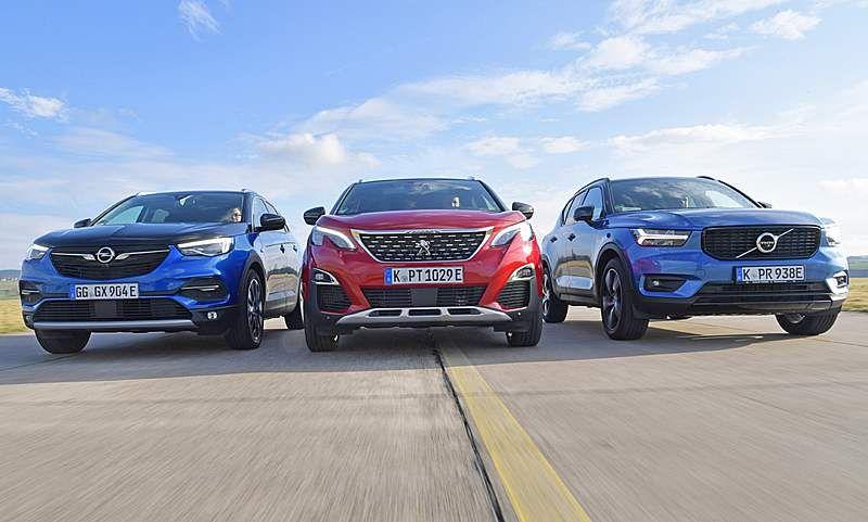 Grandland X 3008 Hybrid4 Xc40 T5 Vergleichstest Autozeitung De In 2020 Peugeot 3008 Kompakt Suv Peugeot