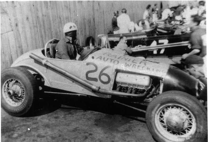 Dell Fanning, Track Roadster #26 At Aurora Speedway
