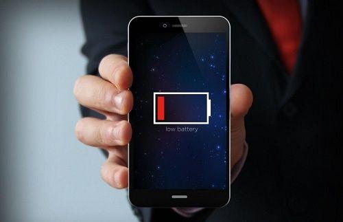 Meo tiet kiem pin smartphone can biet khi di choi xa
