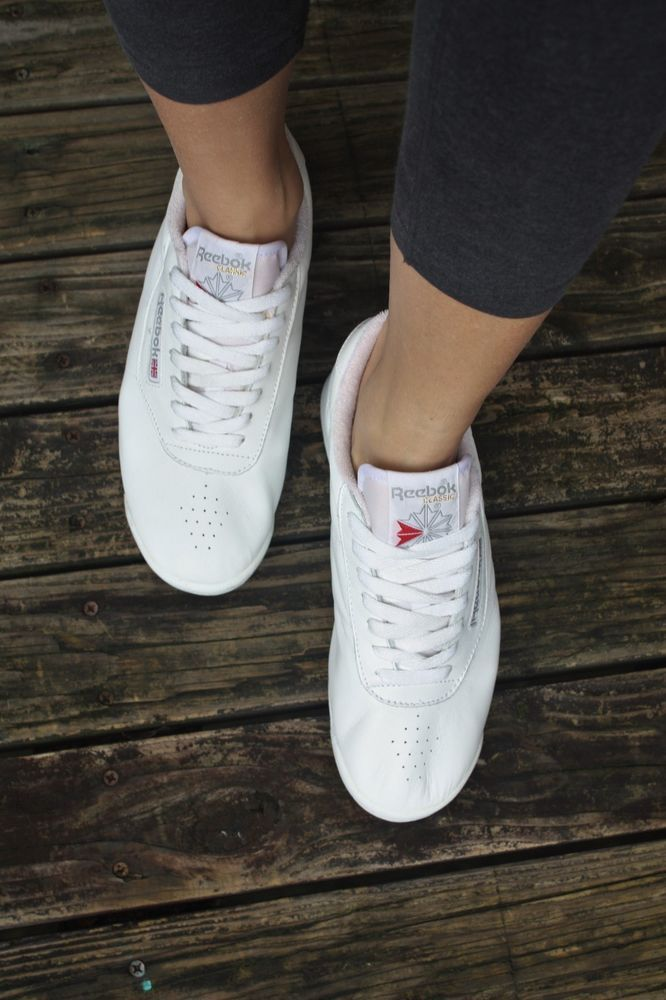 cd2d87b64d2 REEBOK CLASSIC SNEAKERS 8 White Leather PRINCESS Shoes 30500 Trend Athletic   Reebok  Sneakers