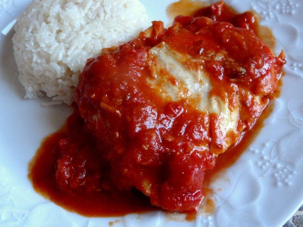 Sulsat alttamatim al'asmak (Libye) – Poisson sauce tomate