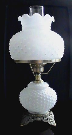 Image Result For Vintage Glass Globe Lamp Fenton Milk Glass Milk Glass Collection Vintage Lamps