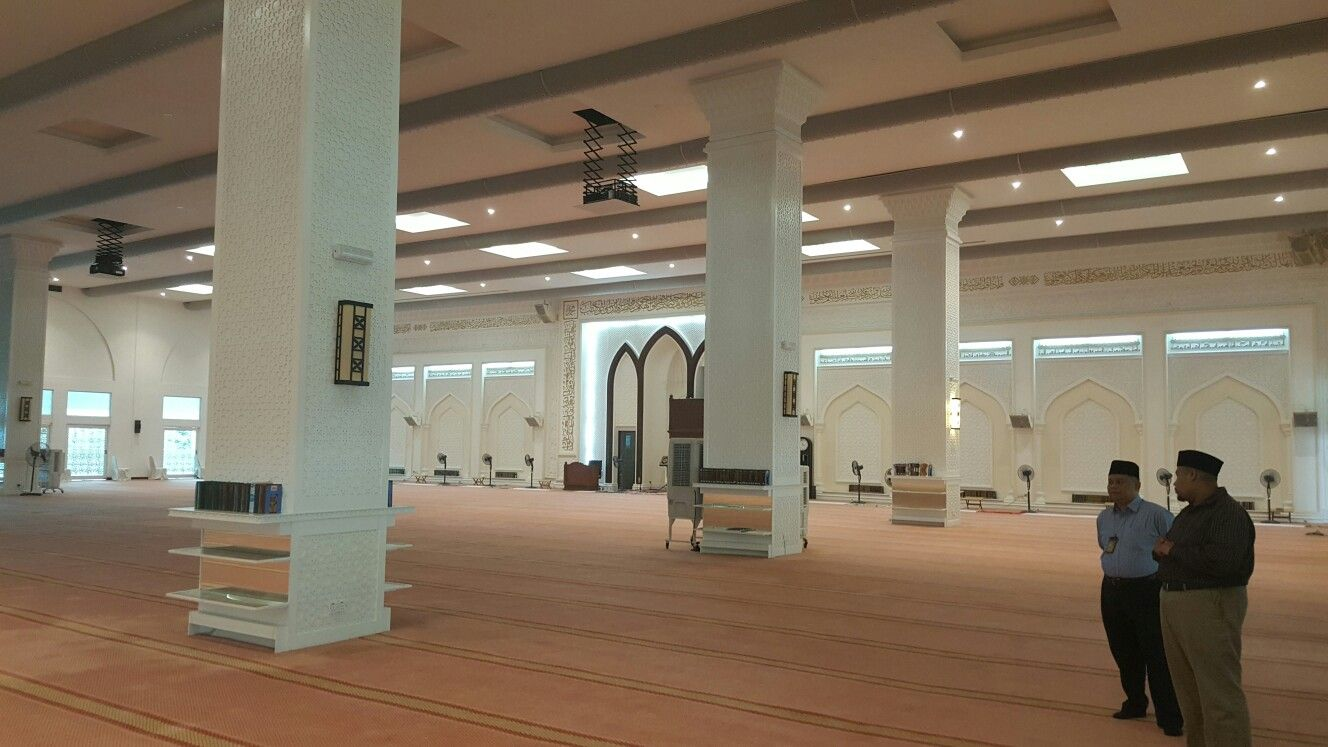 Uitm Shah Alam mosque with Fabric ducting and Daikin VRV