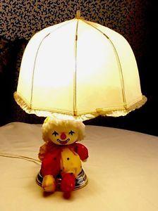 Lamp W/Clown Sitting Under Umbrella Shade For Child's