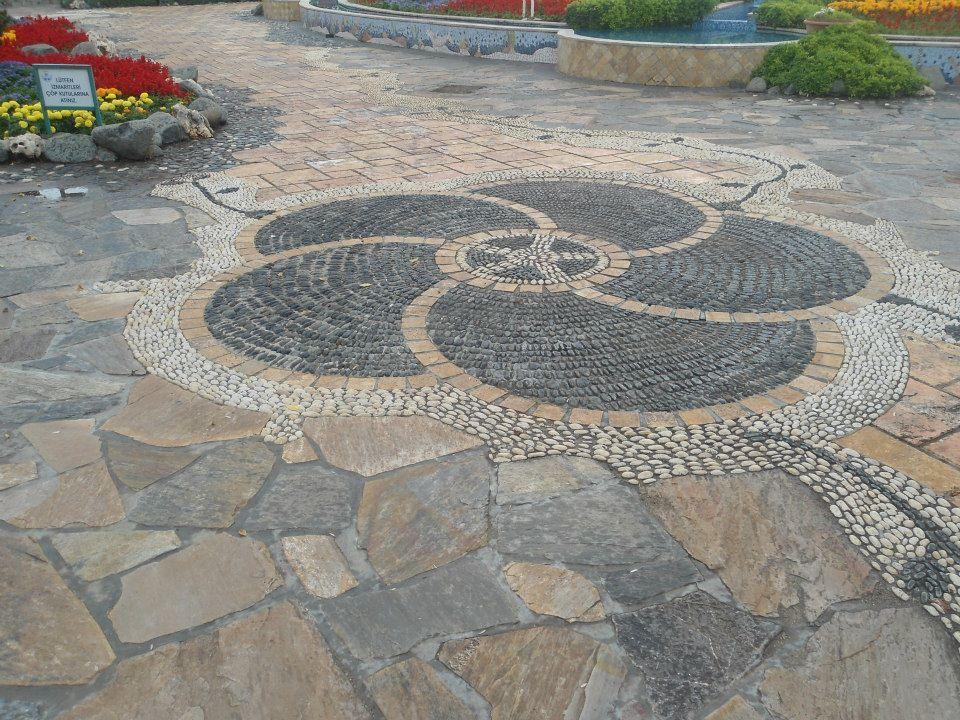 Pingl par ange sur mosaique galets pas chinois et autres - Deco jardin chinois ...