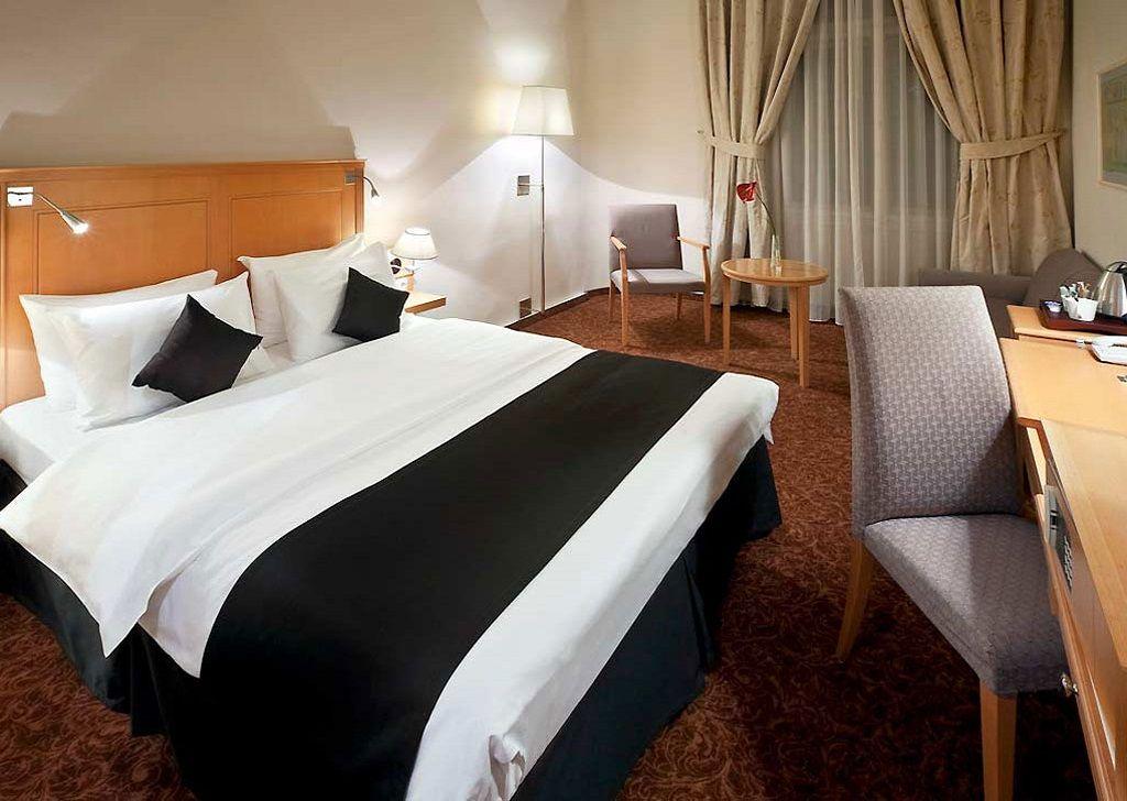 Chambre supérieure avec lit King Size à l\'hôtel Century Old Town ...
