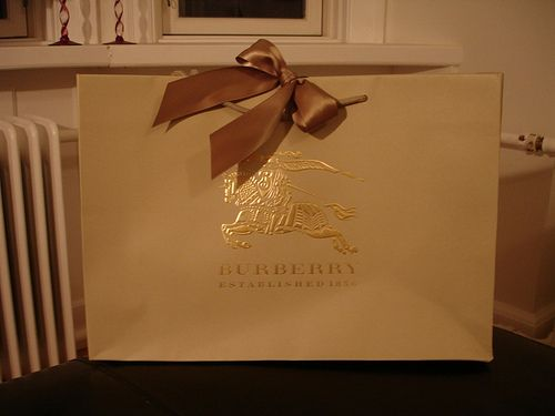 Burberry Shopping Bag | Home: Closet Styling | Pinterest ...